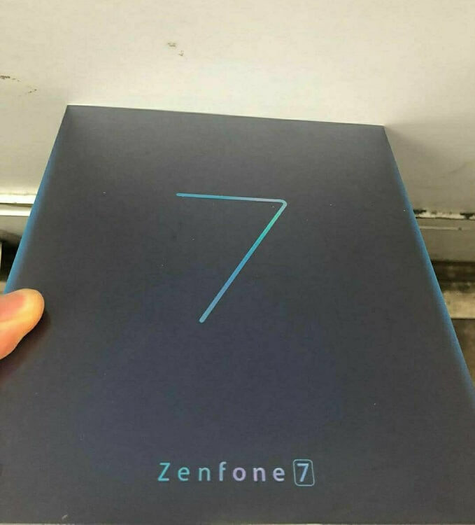 Asus Zenfone 7 leak retail box